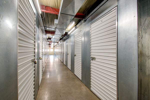 Storage Inns of America - Washington Twp., Moraine, West Carrollton 2651 West Alex Bell Road Dayton, OH - Photo 15
