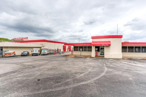 Devon Self Storage - Poplar Ave. 2700 Poplar Ave Memphis, TN - Photo 0