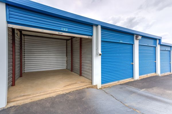 Devon Self Storage - Poplar Ave. 2700 Poplar Ave Memphis, TN - Photo 5