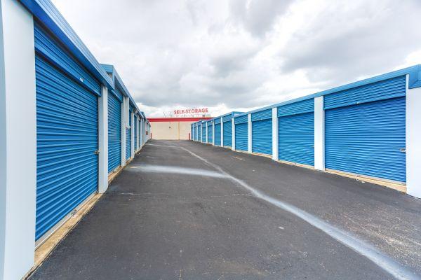 Devon Self Storage - Poplar Ave. 2700 Poplar Ave Memphis, TN - Photo 6