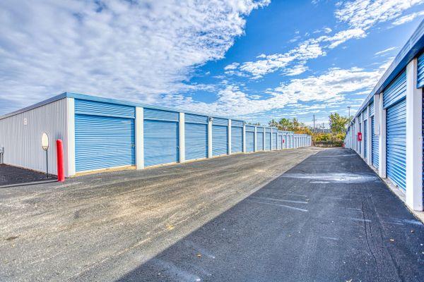 Devon Self Storage - Poplar Ave. 2700 Poplar Ave Memphis, TN - Photo 8