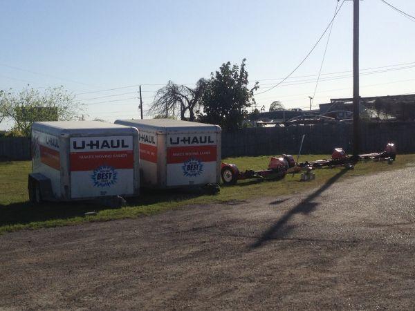 TCB Self Storage 2415 East Caesar Avenue Kingsville, TX - Photo 2