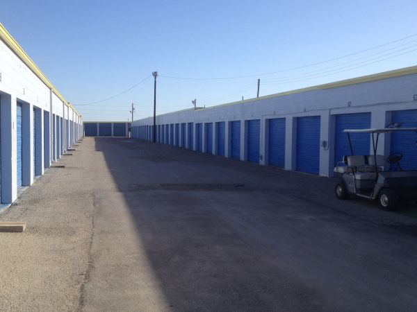 TCB Self Storage 2415 East Caesar Avenue Kingsville, TX - Photo 9