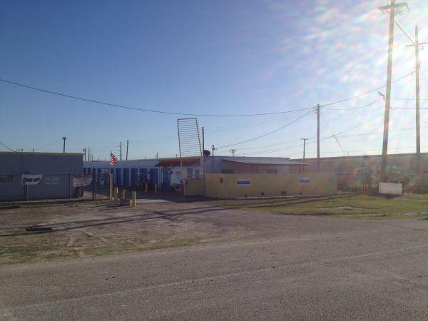 TCB Self Storage 2415 East Caesar Avenue Kingsville, TX - Photo 11