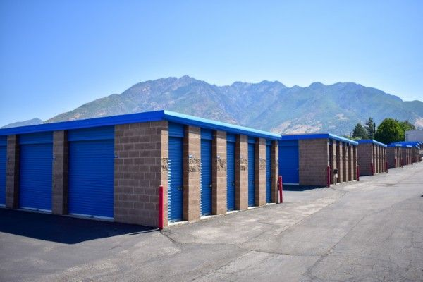 STOR-N-LOCK Self Storage - Cottonwood Heights 6950 South 2300 East Cottonwood Heights, UT - Photo 2