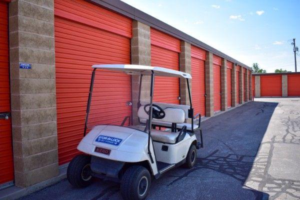 STOR-N-LOCK Self Storage - 4930 S Redwood Rd, Taylorsville 4930 South Redwood Road Taylorsville, UT - Photo 7