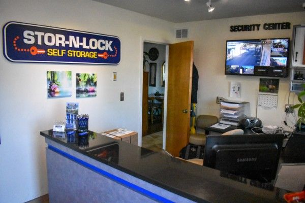 STOR-N-LOCK Self Storage - Boise - Fairview at Curtis 5889 Opohonga Street Boise, ID - Photo 6