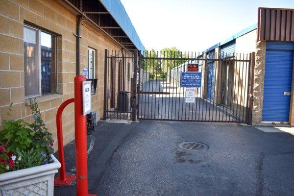 STOR-N-LOCK Self Storage - Boise - Fairview at Curtis 5889 Opohonga Street Boise, ID - Photo 9