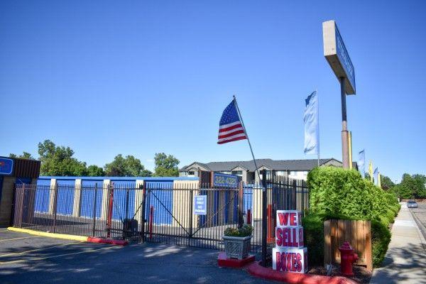 STOR-N-LOCK Self Storage - Boise - Fairview at Curtis 5889 Opohonga Street Boise, ID - Photo 10