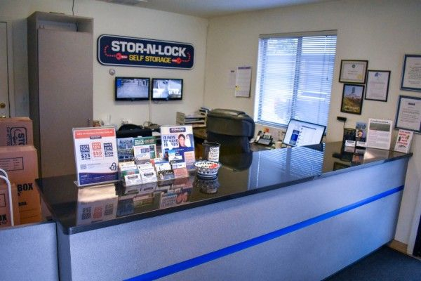 STOR-N-LOCK Self Storage - Boise - Orchard at Kootenai 1250 South Orchard Street Boise, ID - Photo 4