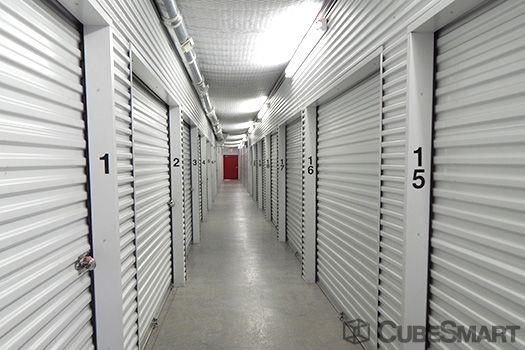 CubeSmart Self Storage - Pearland - 8206 Broadway Street 8206 Broadway St Pearland, TX - Photo 3