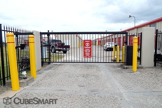 CubeSmart Self Storage - Pearland - 1525 North Main Street 1525 N Main St Pearland, TX - Photo 4