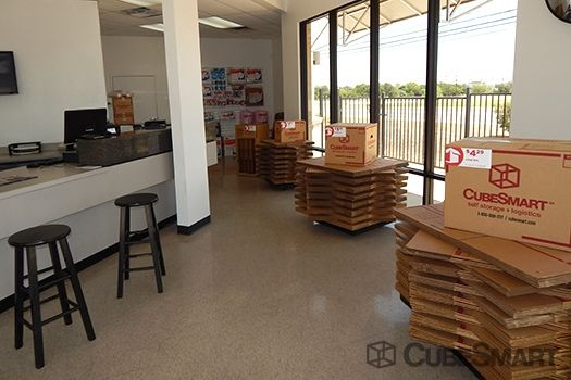 CubeSmart Self Storage - Georgetown 2400 North Austin Avenue Georgetown, TX - Photo 9