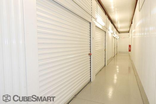 CubeSmart Self Storage - Houston - 12955 South Fwy 12955 South Fwy Houston, TX - Photo 3