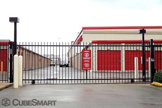 CubeSmart Self Storage - Houston - 6300 Washington Ave 6300 Washington Ave Houston, TX - Photo 4