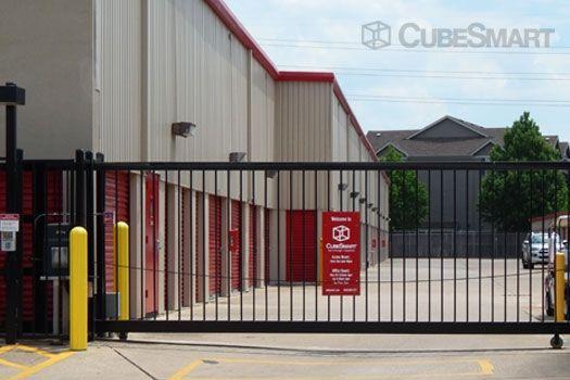 CubeSmart Self Storage - Houston - 7017 Almeda Rd 7017 Almeda Rd Houston, TX - Photo 5
