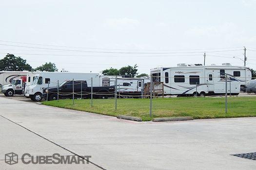CubeSmart Self Storage - Houston - 10030 Blackhawk Boulevard 10030 Blackhawk Boulevard Houston, TX - Photo 5