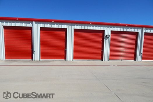 CubeSmart Self Storage - Hutto - 646 West Front Street 646 West Front Street Hutto, TX - Photo 6