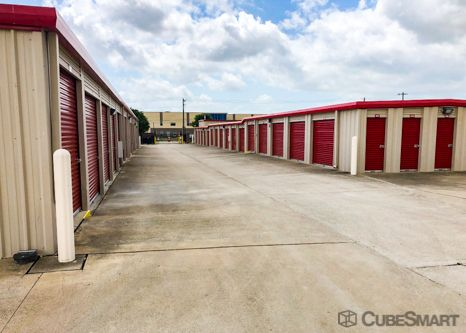 CubeSmart Self Storage - Kyle - 701 Philomena Drive 701 Philomena Drive Kyle, TX - Photo 4