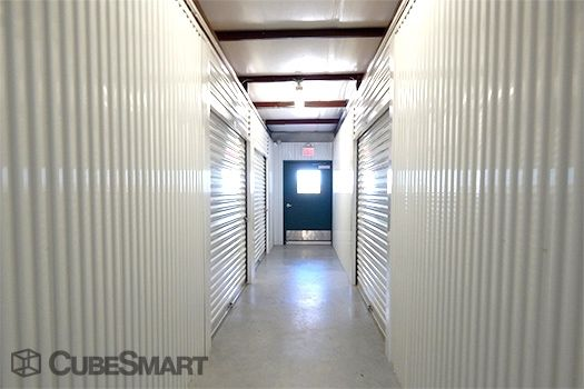 CubeSmart Self Storage - Manor 12407 Us-290 E Manor, TX - Photo 5