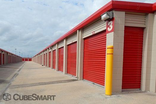 CubeSmart Self Storage - Pearland - 10401 Broadway Street 10401 Broadway Street Pearland, TX - Photo 5