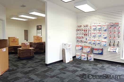 Cubesmart Self Storage Pearland 10401 Broadway Street