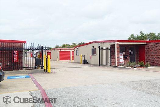 CubeSmart Self Storage - Pearland - 9109 Hughes Ranch Road 9109 Hughes Ranch Road Pearland, TX - Photo 4