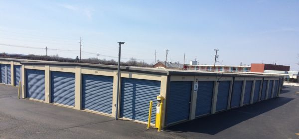 Secure Ez Storage Hamilton Lowest Rates Selfstorage Com