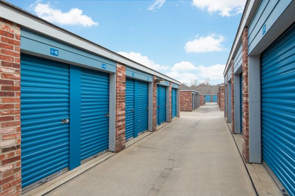 Security Self Storage - College Blvd 13300 College Blvd Lenexa, KS - Photo 3