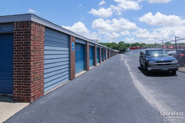 Security Self Storage - South Cooper 3057 South Cooper Street Arlington, TX - Photo 4