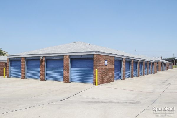 Security Self Storage - Spring Valley 8600 Spring Valley Road Dallas, TX - Photo 4