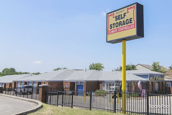 Security Self Storage - Spring Valley 8600 Spring Valley Road Dallas, TX - Photo 12
