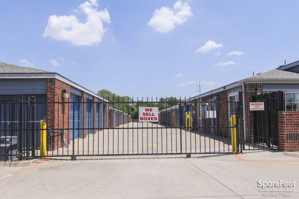 Security Self Storage - Forest & LBJ 9555 Forest Lane Dallas, TX - Photo 2