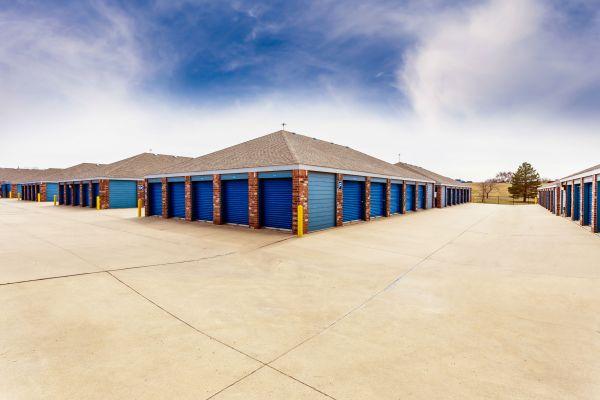 Security Self Storage - Hillside 405 South Hillside Street Wichita, KS - Photo 3
