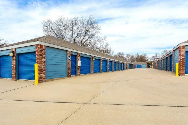 Security Self Storage - Hillside 405 South Hillside Street Wichita, KS - Photo 5