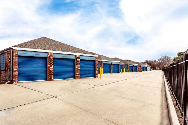 Security Self Storage - Hillside 405 South Hillside Street Wichita, KS - Photo 6