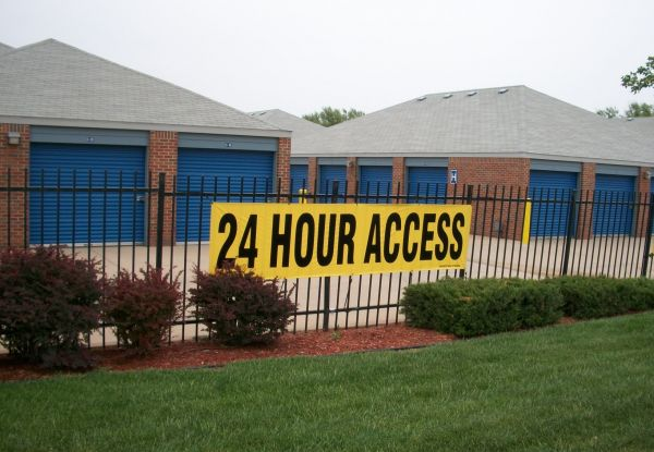 Security Self Storage - Hulen 2600 South Hulen Street Fort Worth, TX - Photo 5
