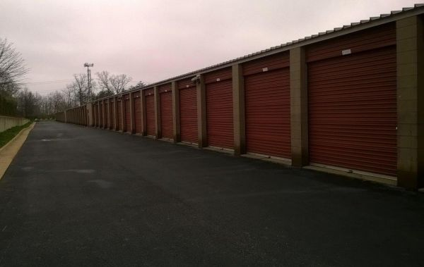 Mini U Storage - Woodbridge 13901 Smoketown Rd Woodbridge, VA - Photo 3