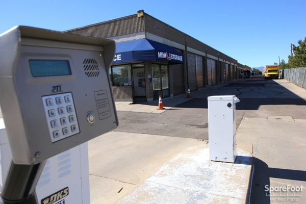 Mini U Storage - AAA County Line 1400 E County Line Rd Highlands Ranch, CO - Photo 1