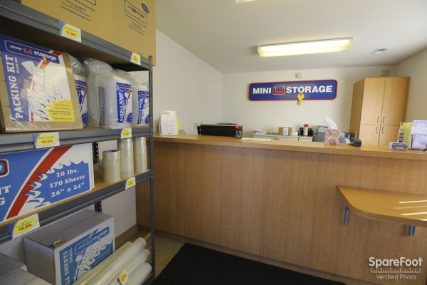 Mini U Storage - Highlands Ranch 6678 E County Line Rd Highlands Ranch, CO - Photo 5
