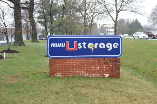 Mini U Storage - Columbia 9425 Snowden River Pkwy Columbia, MD - Photo 7