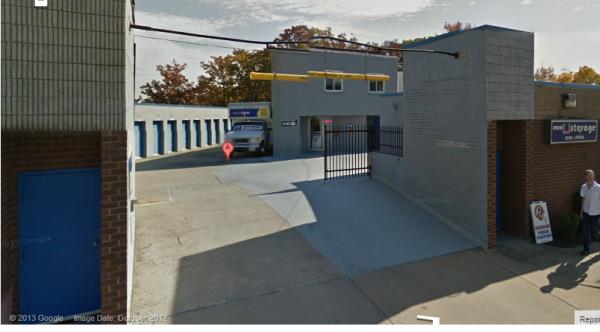 Mini U Storage - Landmark 500 S Pickett St Alexandria, VA - Photo 3