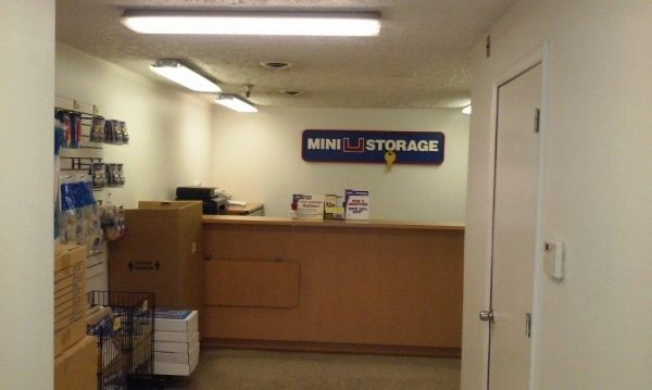 Mini U Storage - Landmark 500 S Pickett St Alexandria, VA - Photo 1