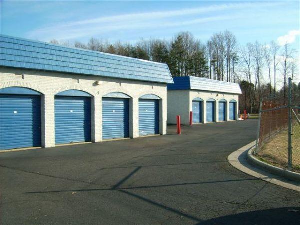 Mini U Storage - Fairfax 10930 Clara Barton Dr Fairfax Station, VA - Photo 2