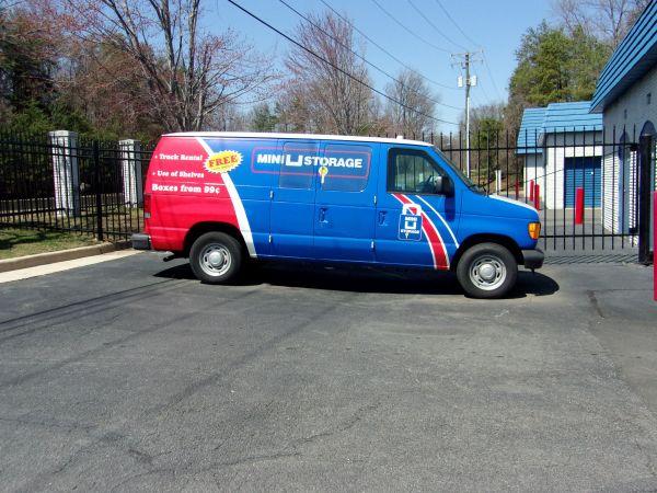 Mini U Storage - Fairfax 10930 Clara Barton Dr Fairfax Station, VA - Photo 3