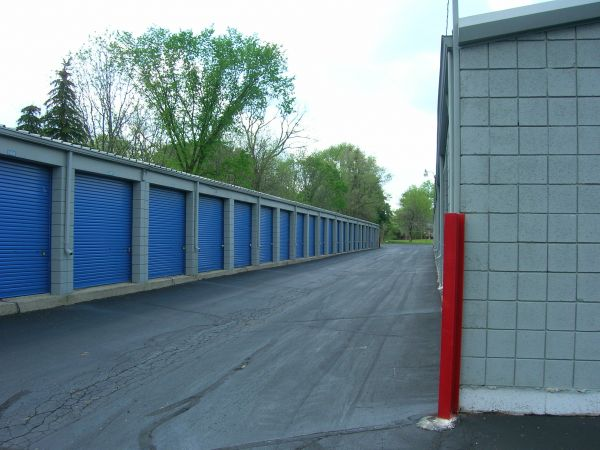 Mini U Storage - Livonia 32455 W 8 Mile Rd Livonia, MI - Photo 3