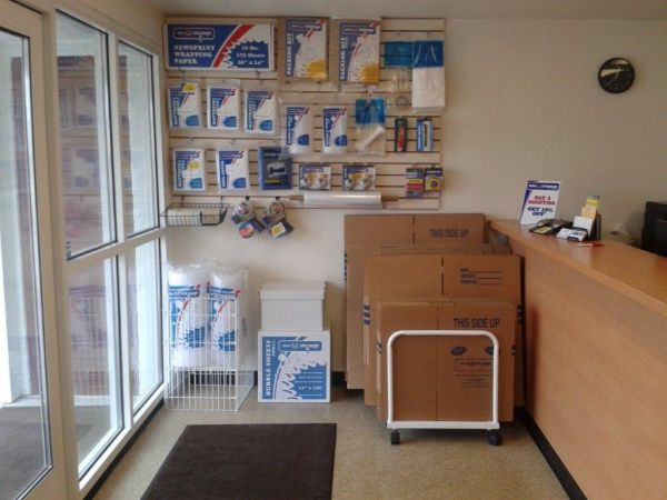 Mini U Storage - Livonia 32455 W 8 Mile Rd Livonia, MI - Photo 5