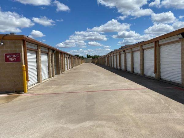 Life Storage - Round Rock - North AW Grimes Boulevard 1515 N Aw Grimes Blvd Round Rock, TX - Photo 1