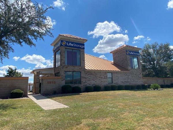 Life Storage - Round Rock - North AW Grimes Boulevard 1515 N Aw Grimes Blvd Round Rock, TX - Photo 4