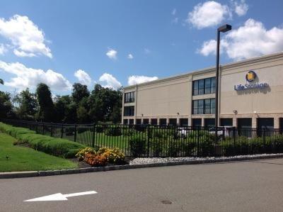 Life Storage - Piscataway Township 3950 New Brunswick Avenue Piscataway Township, NJ - Photo 0